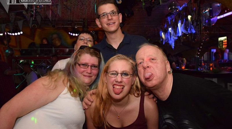 17-06-02 1,- Euro Party im Old Inn
