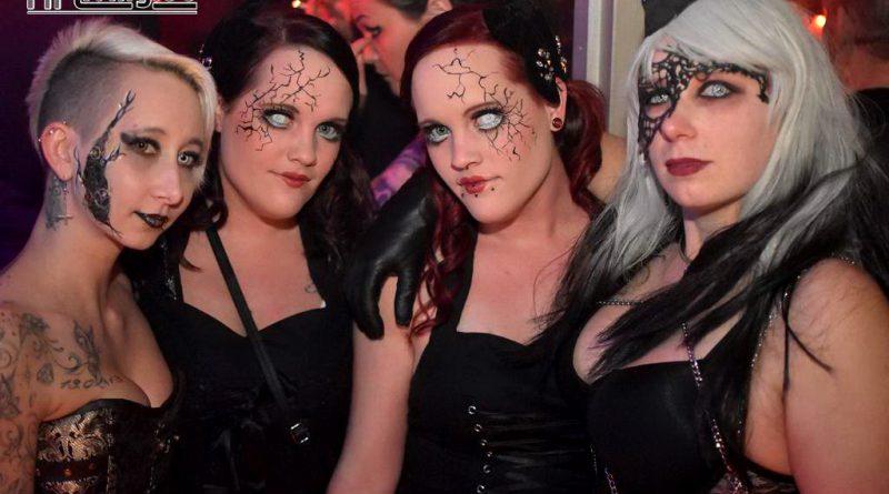 17-10-30 Reborn In Darkness -Halloween + Birthday Spezial- im Old Inn