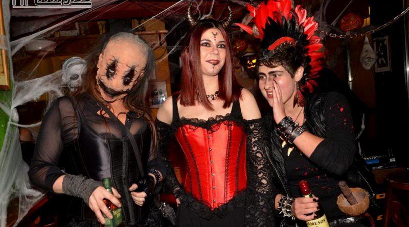 17-10-31 Halloween Party im Wild Geese