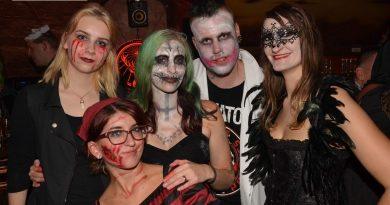 18-10-30 Reborn In Darkness -Halloween Special- im Old Inn